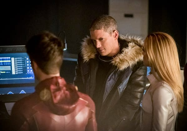 CW Releases 92 Images From Arrowverse Crossover: Crisis On Earth-X