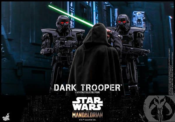Star Wars The Mandalorian Dark Trooper Figure Debuts At Hot Toys