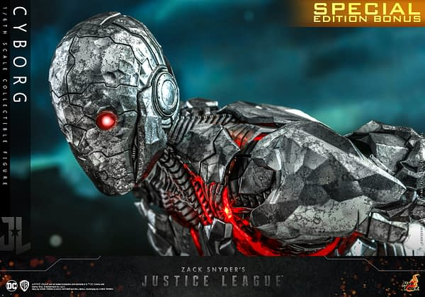 Justice League Cyborg Finally Joins The Team With Hot Toys