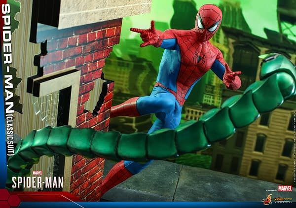 Spider-Mans Dons His Classic Suit with New Hot Toys Figure