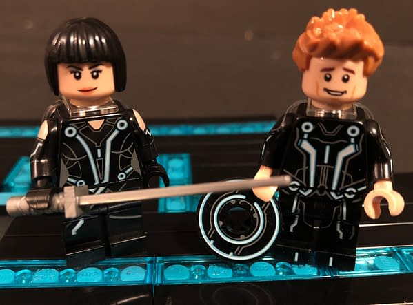 Let's Take a Look at the LEGO Ideas Tron: Legacy Set