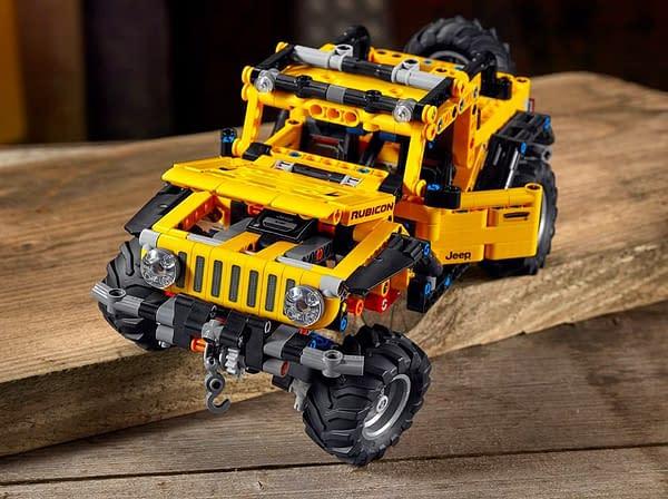 LEGO Unveils New LEGO Technic 4x4 Jeep Wrangler Set