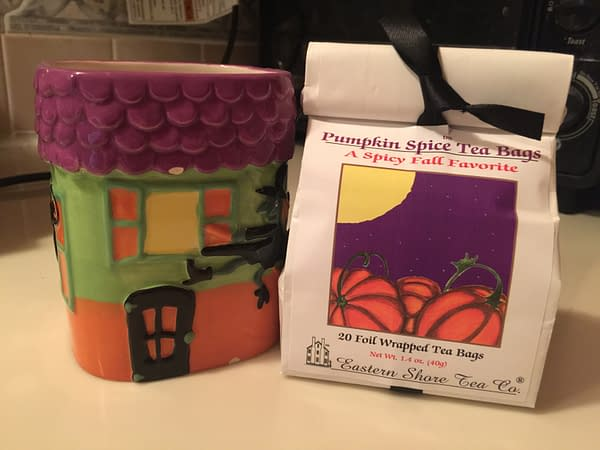 Nerd Food: Pumpkin Spice Tea For a Dreary October Day