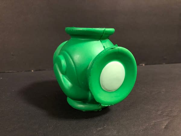 Unboxing the DC Legion of Collectors Green Lantern Funko Box