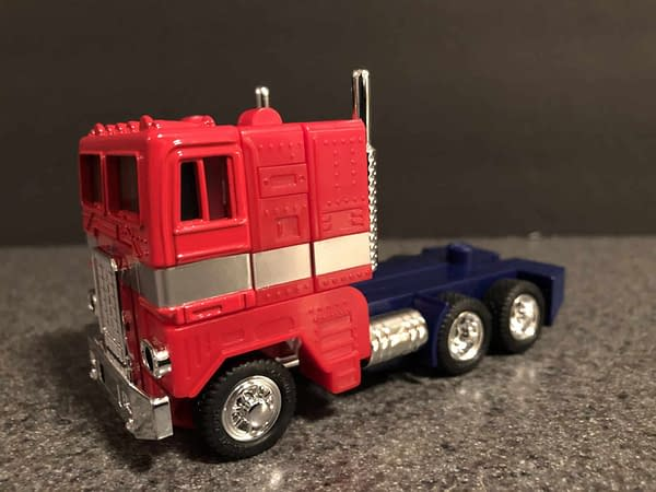 Hasbro's Walmart Exclusive G1 Reissue of Transformers Leader Optimus Prime is in Stores Now