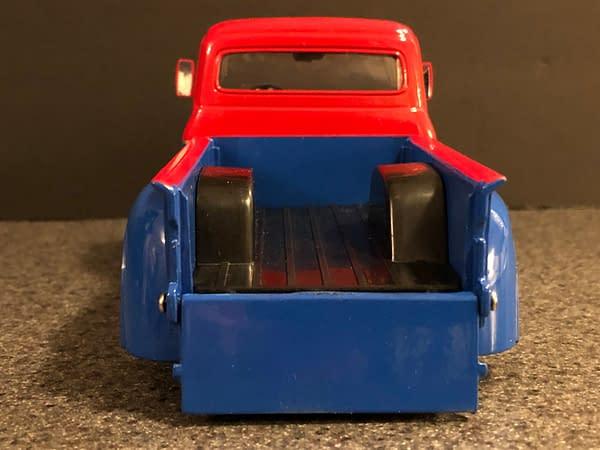 DC Bombshells Jada Toys Hollywood Rides Car Week: Supergirl!