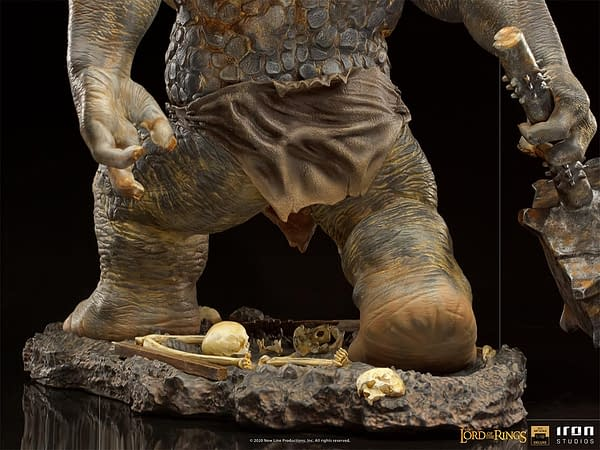 Lord of the Rings Cave Troll Unleashed with Iron Studios