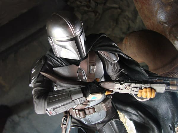 The Mandalorian Receives Disney Stores Exclusive Galley Diorama Statue