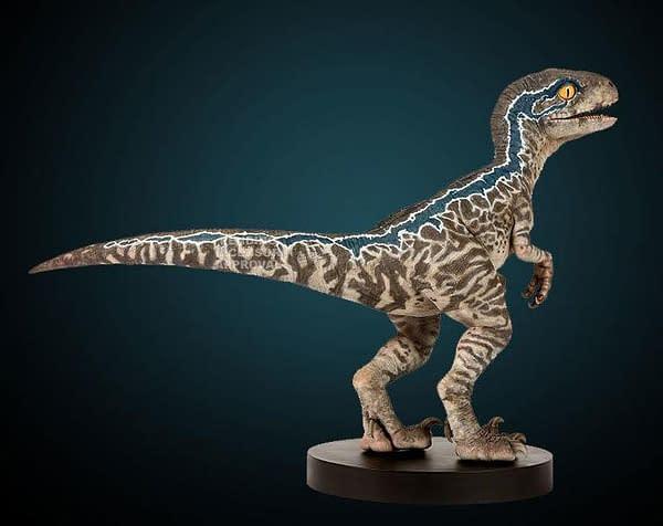 Jurassic World Fallen Kingdom Baby Blue Statue 3