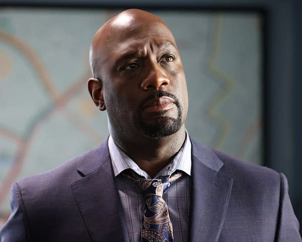 """The Rookie Season 4 """"Life and Death"""" Preview: A Race to Save Lopez"""