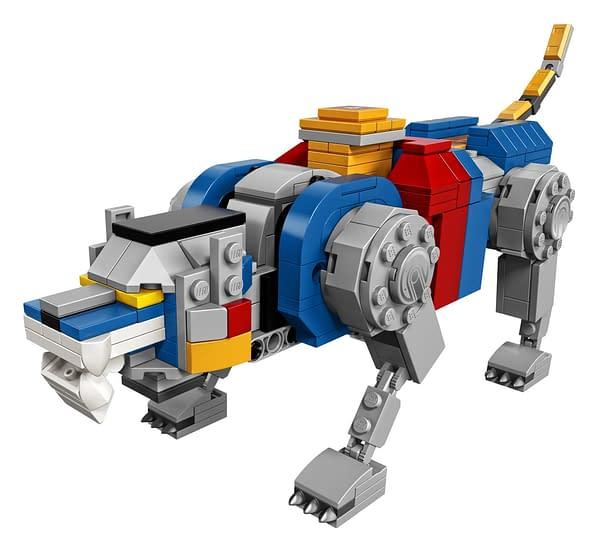 LEGO Ideas Voltron Set 11
