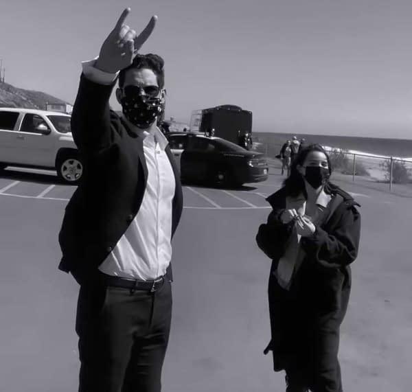 Lucifer Star Tom Ellis Throwing Horns Just Feels Right