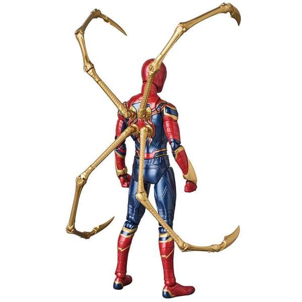 MAFEX Iron Spidey Infinity War 3
