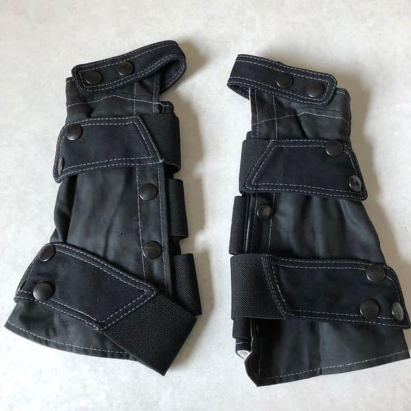 Getting a Grip: We Review Volante Design's Talon Bracers