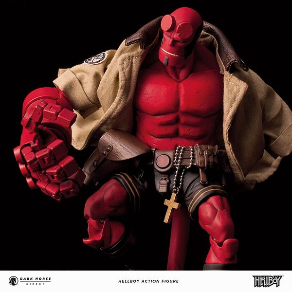 Dark Horse Direct Hellboy Figure 7