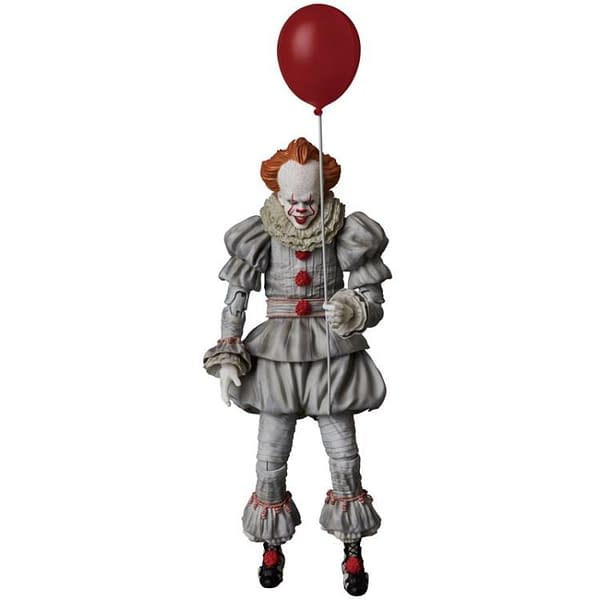 Pennywise MAFEX Figure 1