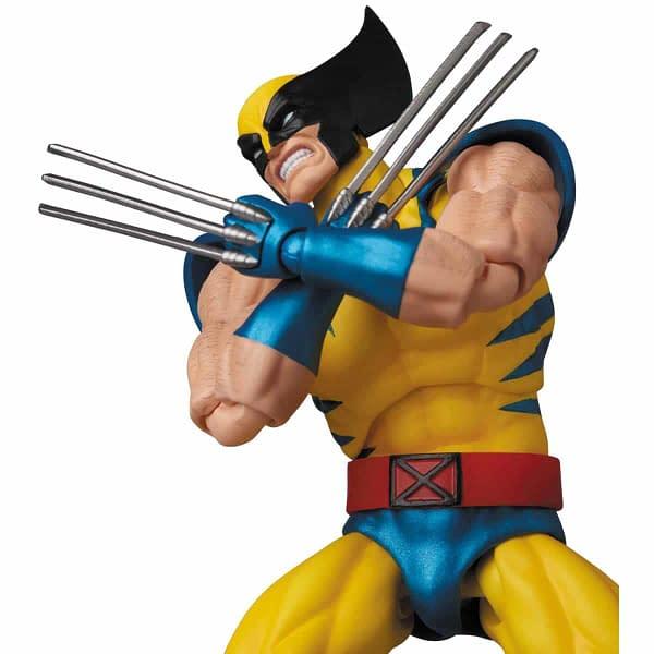 MAFEX Wolverine 7