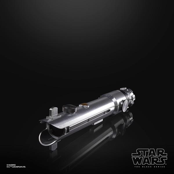 Star Wars Hasbro Pulse Con Reveals - Force FX Ahsoka Tano Lightsaber