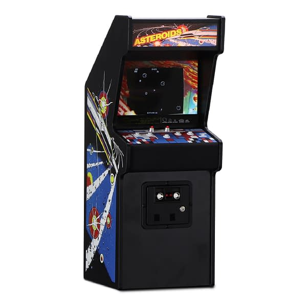 A look at the Asteroids mini arcade cabinet, courtesy of New Wave Toys.