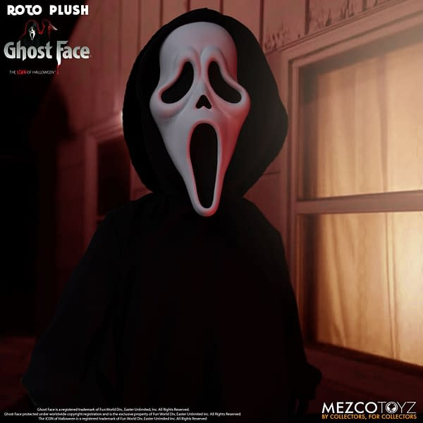 Ghost Face Is Ready for a Bloody Good Time With Mezco Toyz