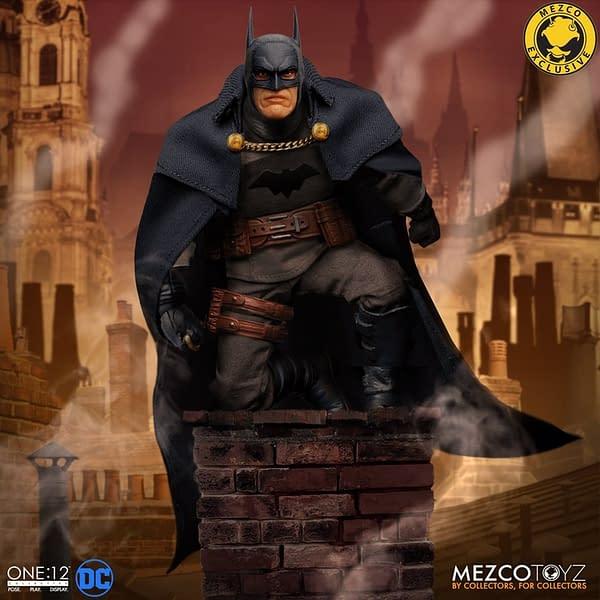 Gotham by Gaslight Batman Returns To Save the Day With Mezco Toyz