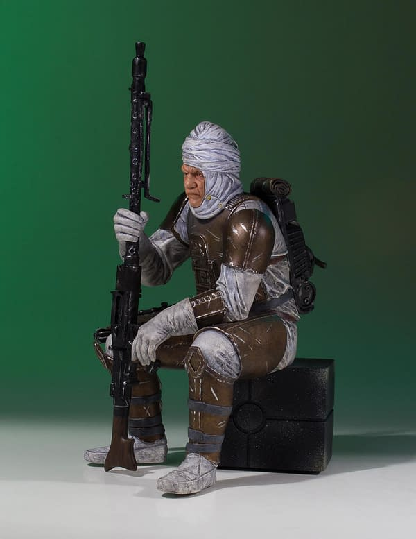 Star Wars Gentle Giant Dengar Statue 2
