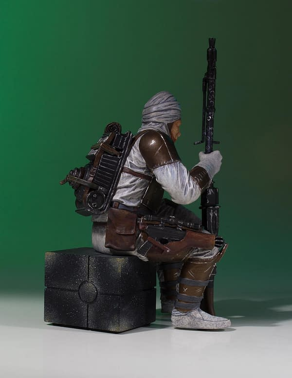 Star Wars Gentle Giant Dengar Statue 4