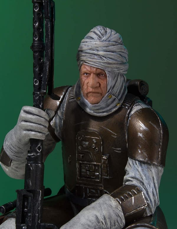 Star Wars Gentle Giant Dengar Statue 5
