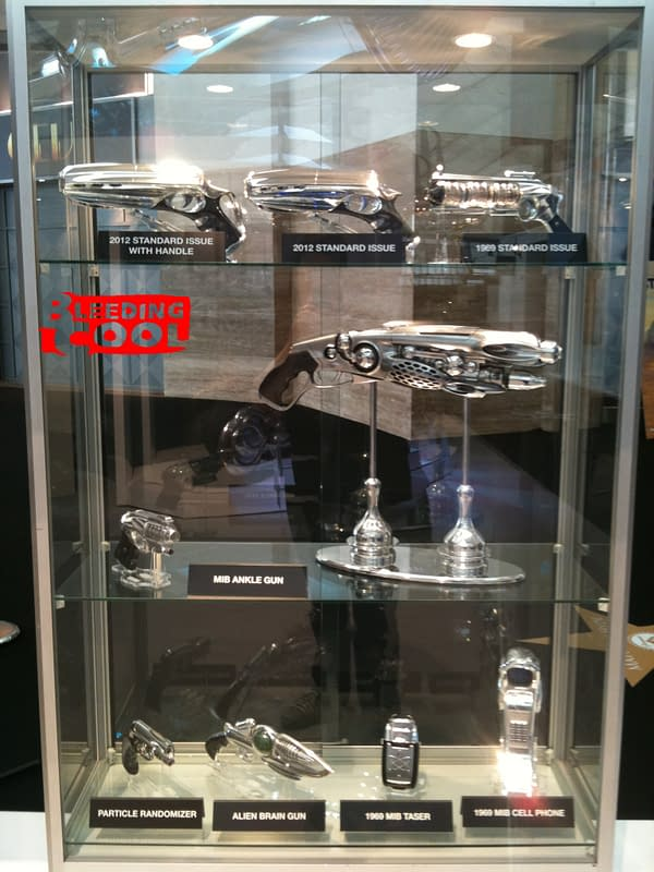 First Look At The Guns From Men In Black 3