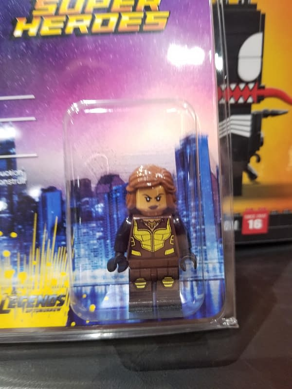 LEGO Brings Exclusive Duckpool Minifigure To SDCC '17