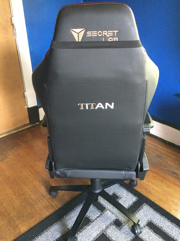 "Finding Comfort For Cheaper As We Check Out The ""Titan"" From Secretlab"