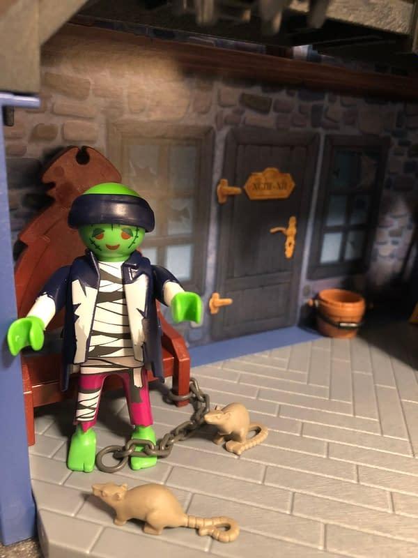 Playmobil Take Along Haunted House 7
