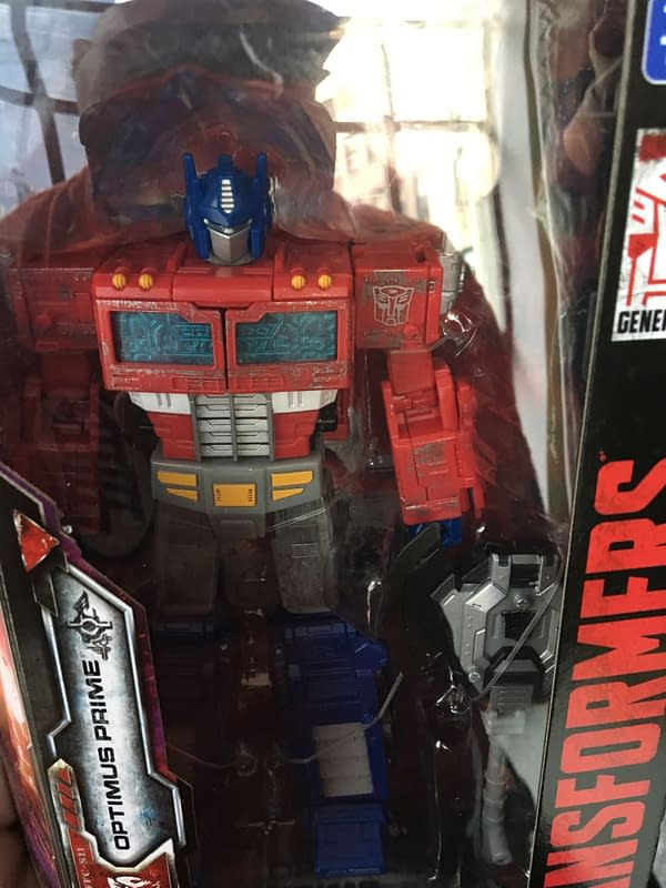 We Take a Look at the New Transformers War For Cybertron: Siege Line From Hasbro