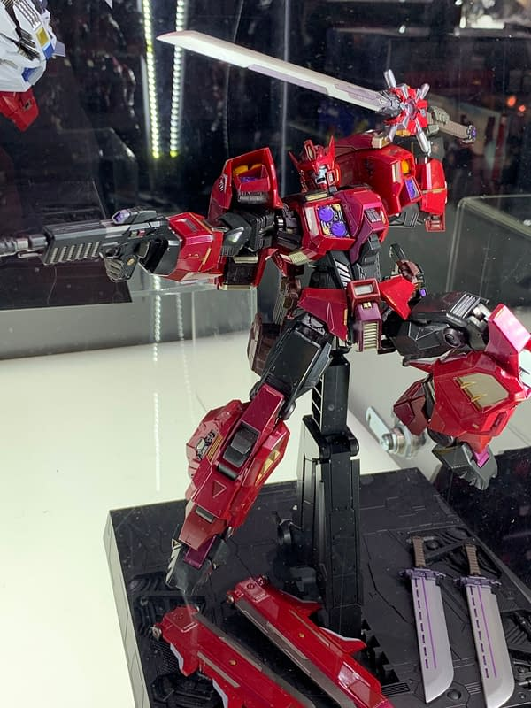 Flame Toys Transformers SDCC Display: Dynamic and Desirable
