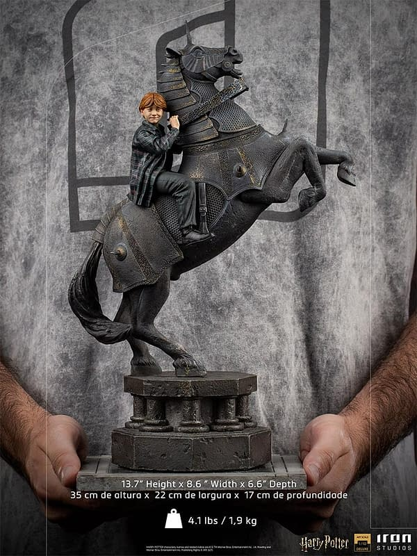 Ron Weasley Plays Chess With New Harry Potter Iron Studios Statue