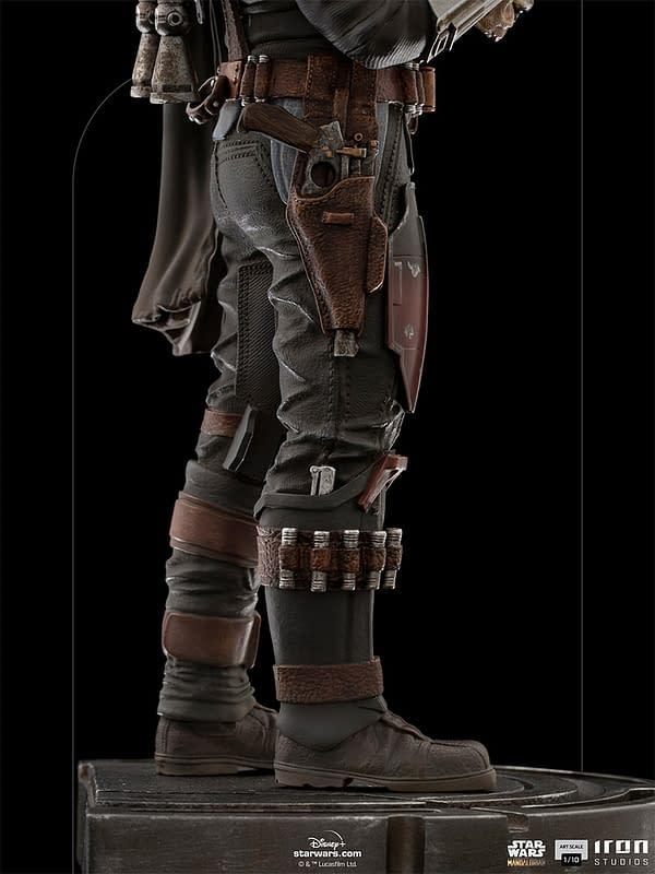 The Mandalorian Says Goodbye to Grogu With New Iron Studios Statue