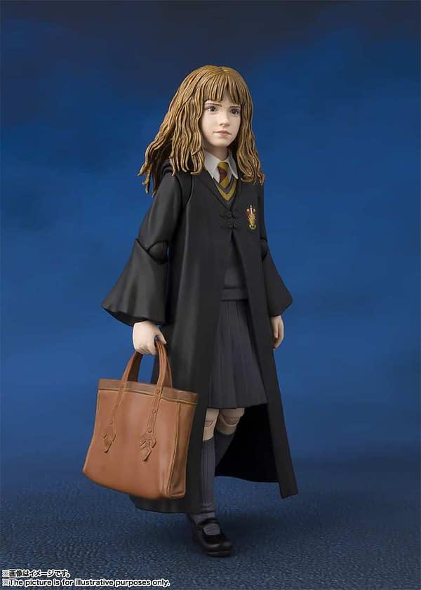 SH Figuarts Harry Potter Hermione 3