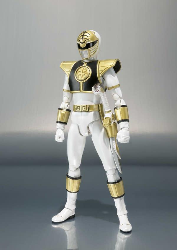 SH Figuarts Power Rangers White Ranger 3