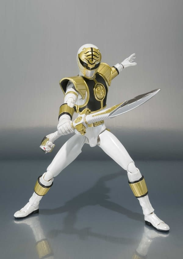 SH Figuarts Power Rangers White Ranger 7