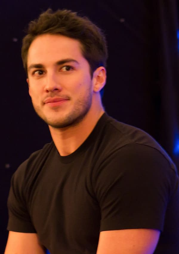Roswell: Vampire Diaries' Michael Trevino Joins CW Reboot Pilot