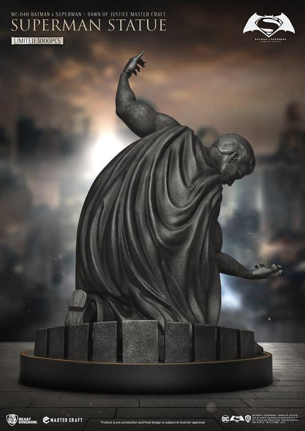 Beast Kingdom Debuts New Batman v Superman Memorial Statue