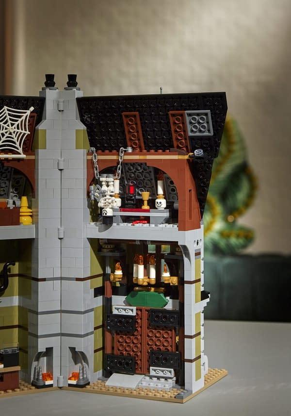 LEGO Creator Haunted House Building Set-scaled
