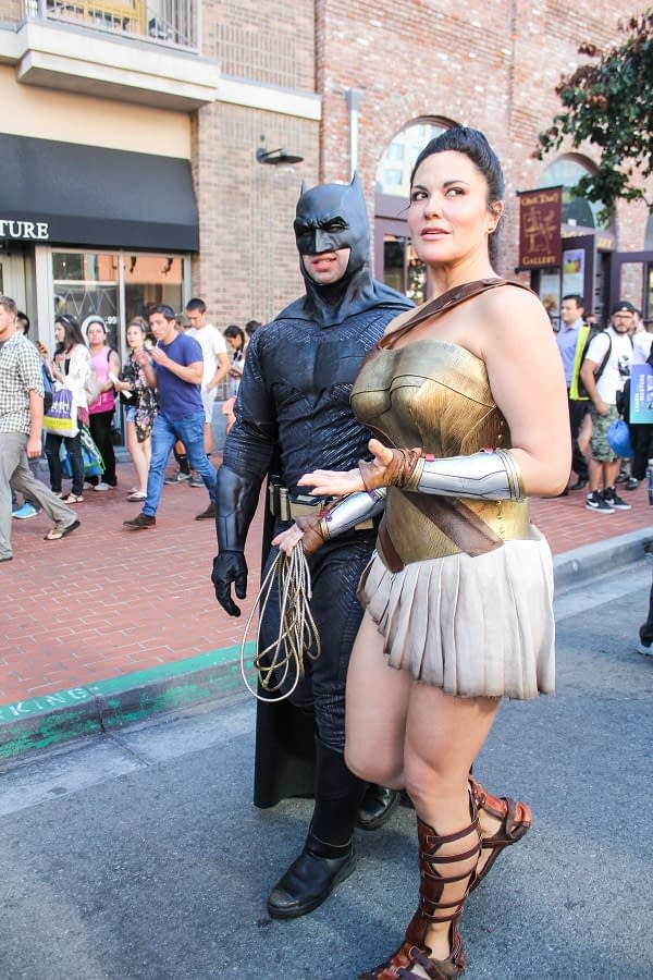 There Was A Slight Crowd: SDCC 2017 Friday Cosplay Photos