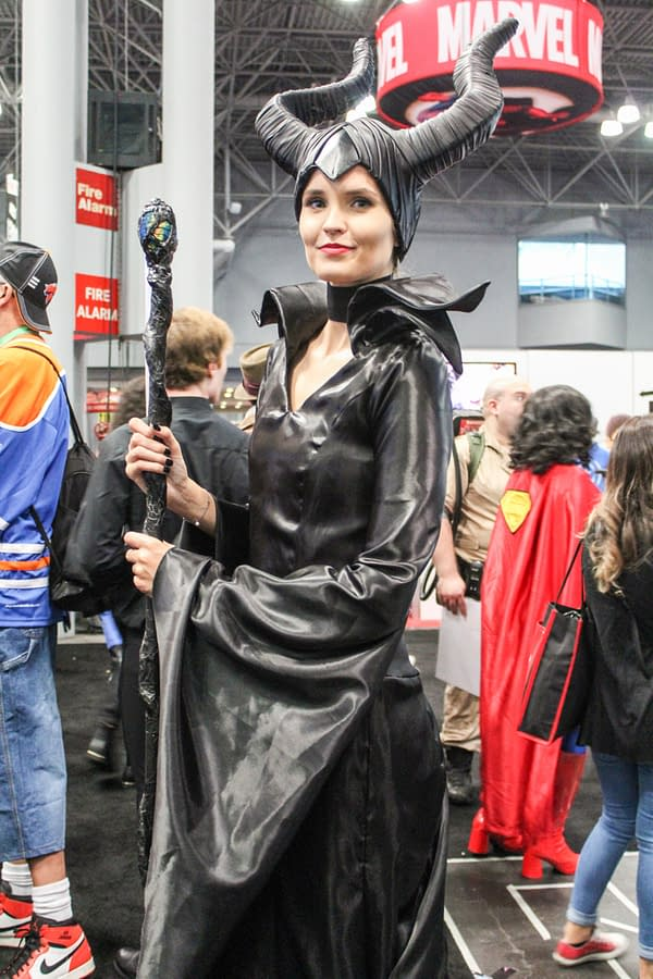 Friday Cosplay And Show Floor Pics From NYCC 2017!