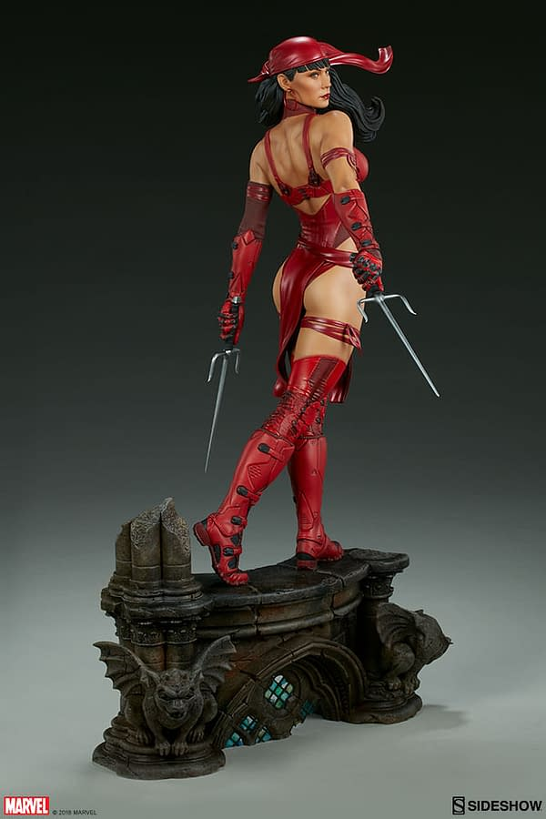 Sideshow Collectible Premium Format Figure Elektra 9