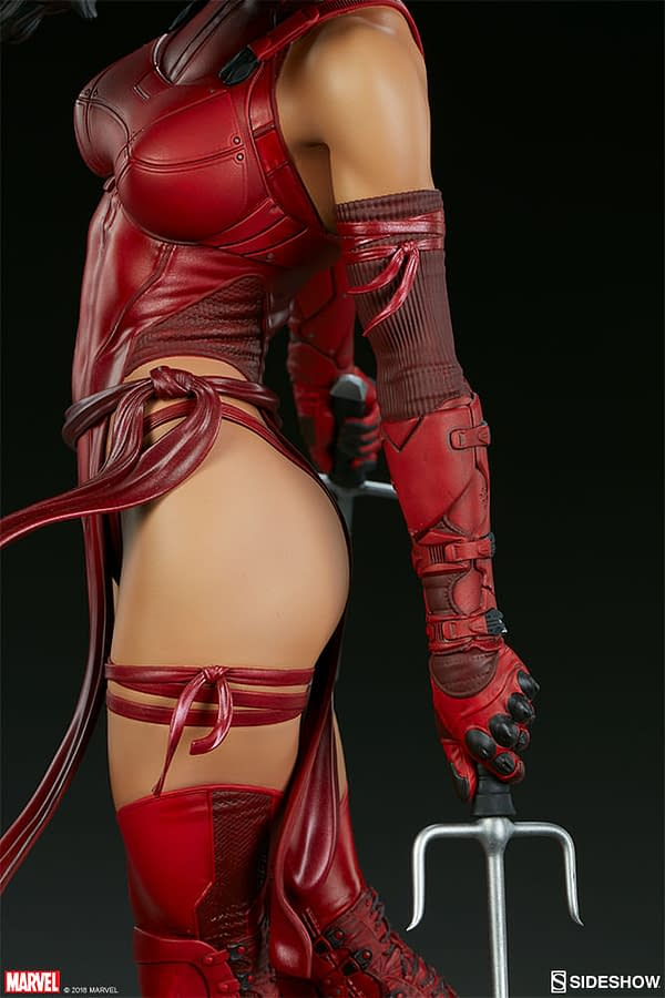 Sideshow Collectible Premium Format Figure Elektra 14