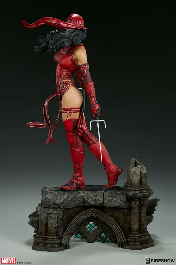 Sideshow Collectible Premium Format Figure Elektra 8