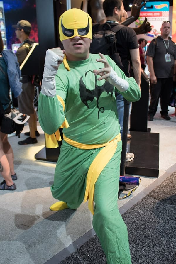29 Cosplay Shots from Wednesday at SDCC 2018 – Pennywise to Pokémon