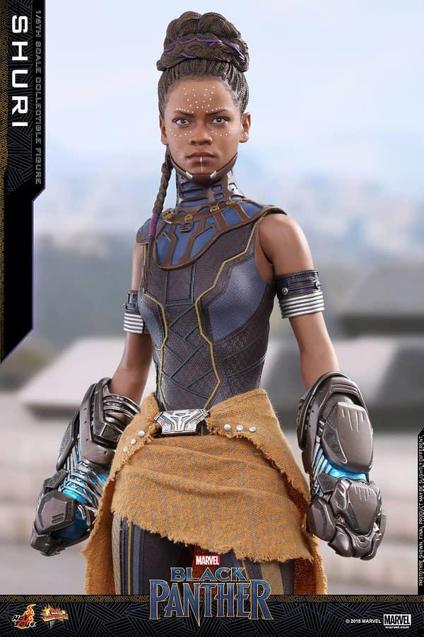 Black Panther Shuri Hot Toys 1
