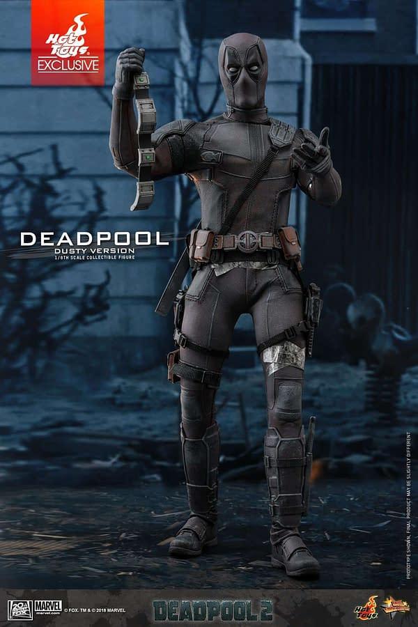 Hot Toys Deadpool Dusty 4
